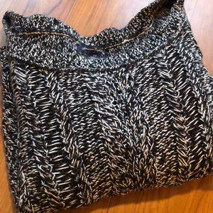 American Eagle (AE) black and white chunky sweater